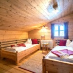 Mountain chalet twin beds 1