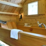 Wooden bathtub 1